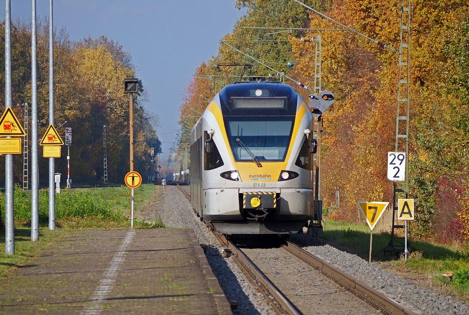 Regional Train, Railway Station, Platform, Gateway