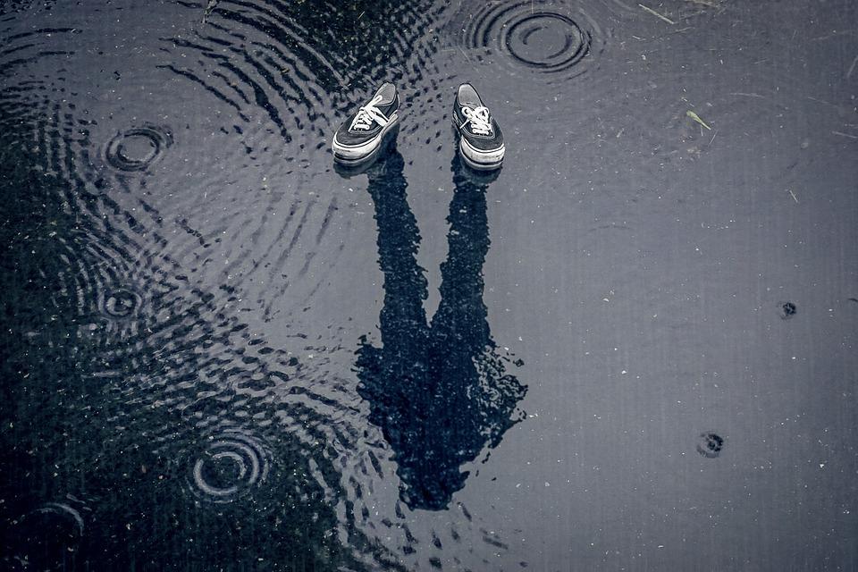 Manipulation, Raindrop, Puddle, Rain, Water, Shoe