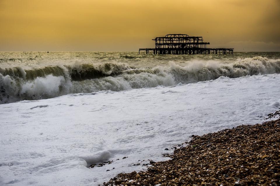 Brighton, Brighton Pier, Pier, Beach, Stormy, Raining