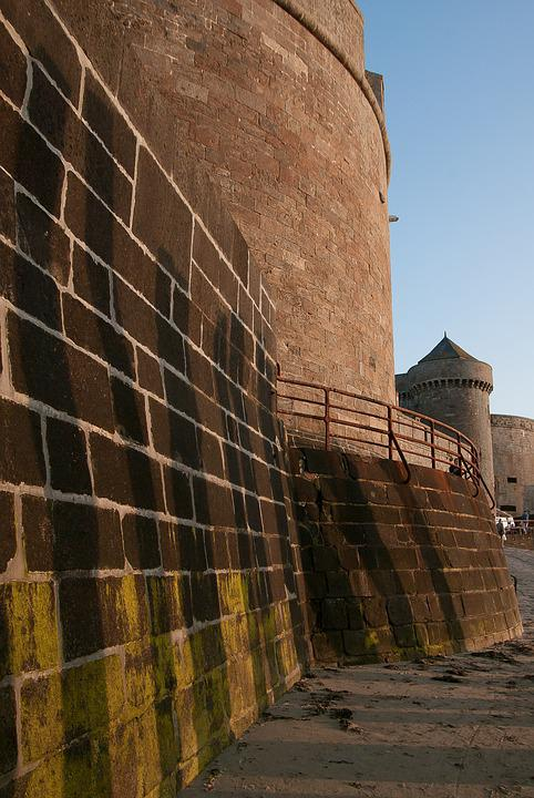 Brittany, Saint Malo, Ramparts, Fortifications, Beach