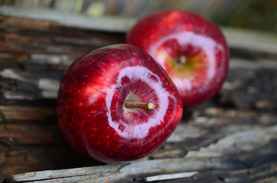 Apples, Red, Pair, Ripe, Fresh, Red Apples, Fruits