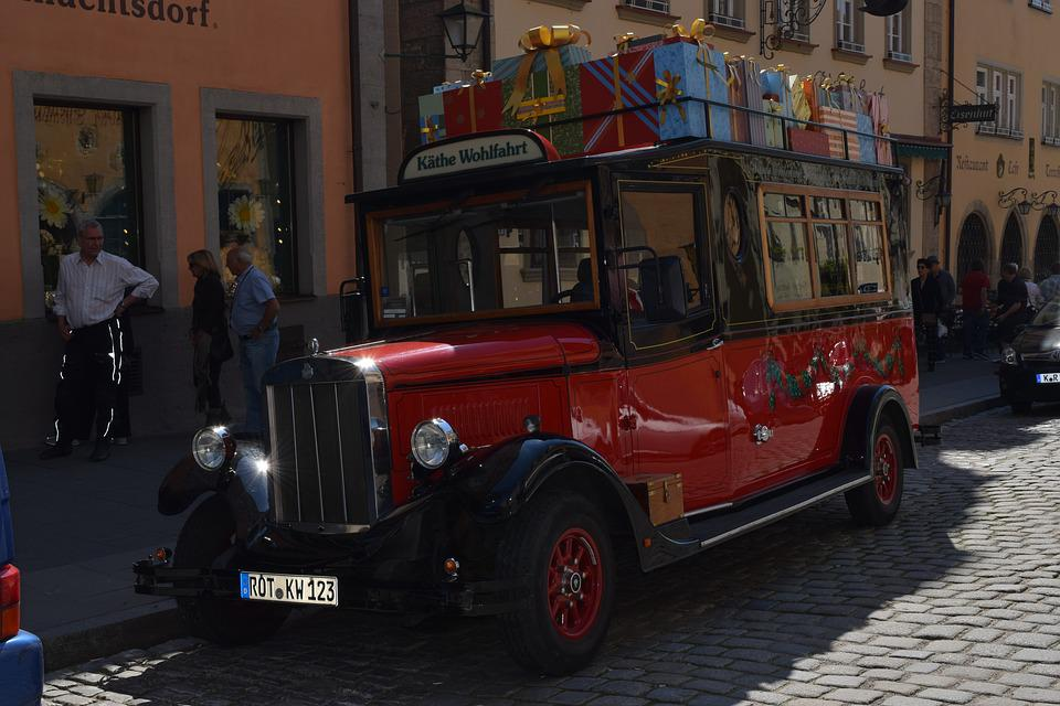 Older Vehicles, Red, History