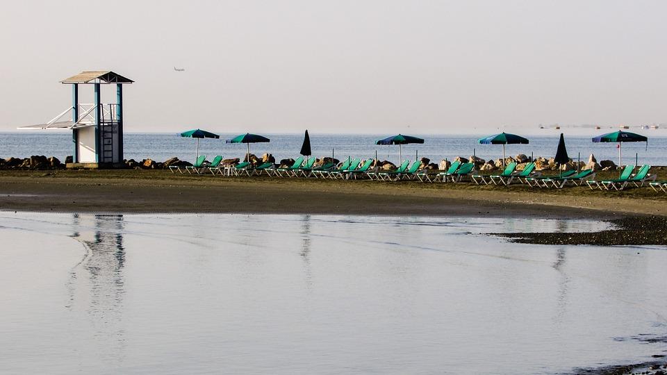 Lifeguard Tower, Beach, Sea, Sand, Reflection, Morning