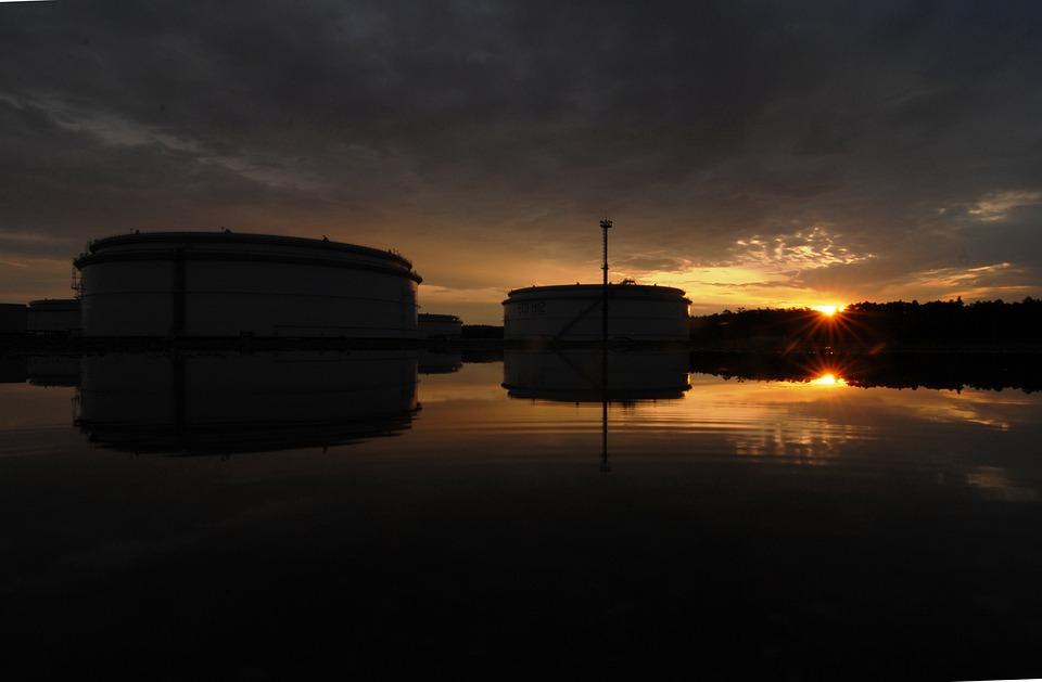 Dawn, Reflection, Tank
