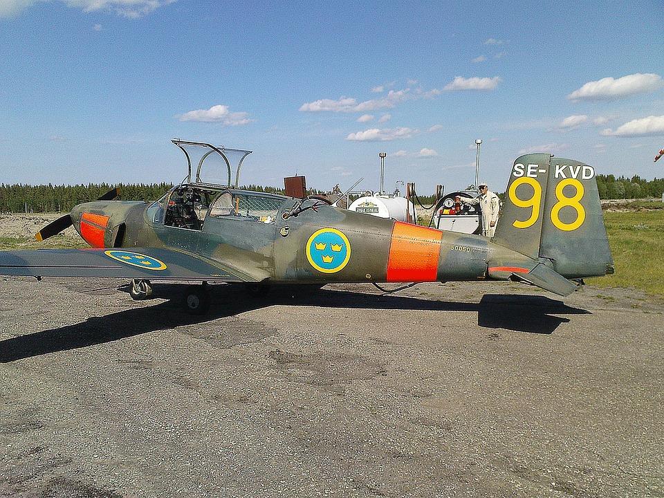 Aircraft, Saab Safir, Refuelling