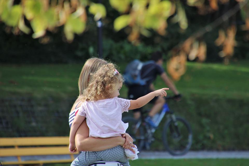 Spacer, Autumn, Child, Leaf, Park, Relaxation, Foliage