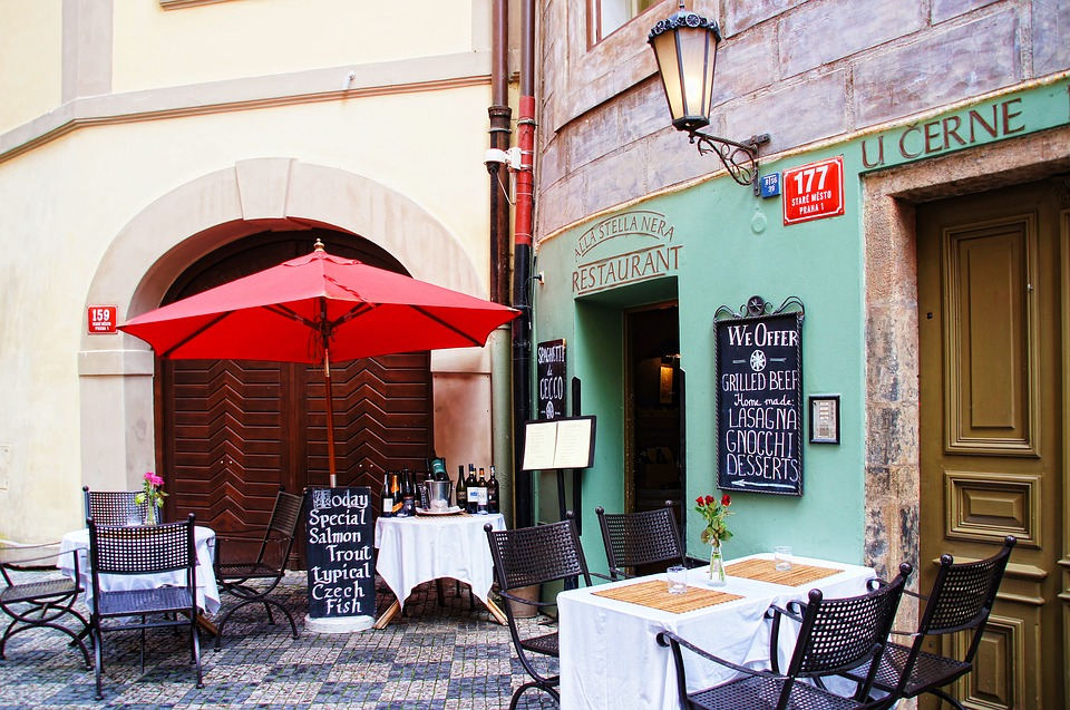 Restaurant, Bistro, Prague, Courtyard, Screen