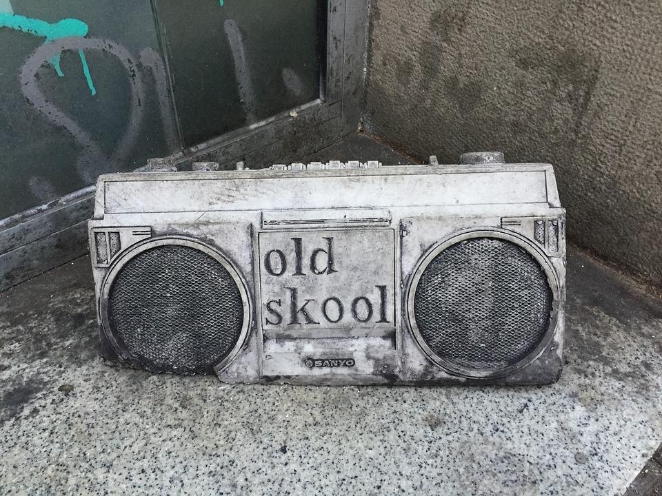 Radio, Old Skool, Retro