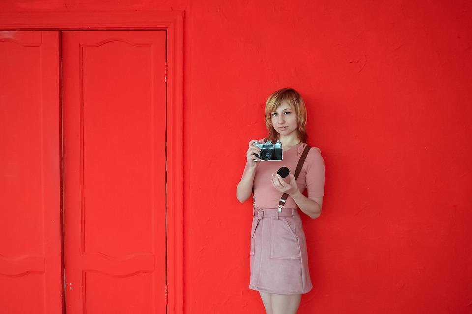 Woman, Camera, Vintage, Old Camera, Retro, Red Wall