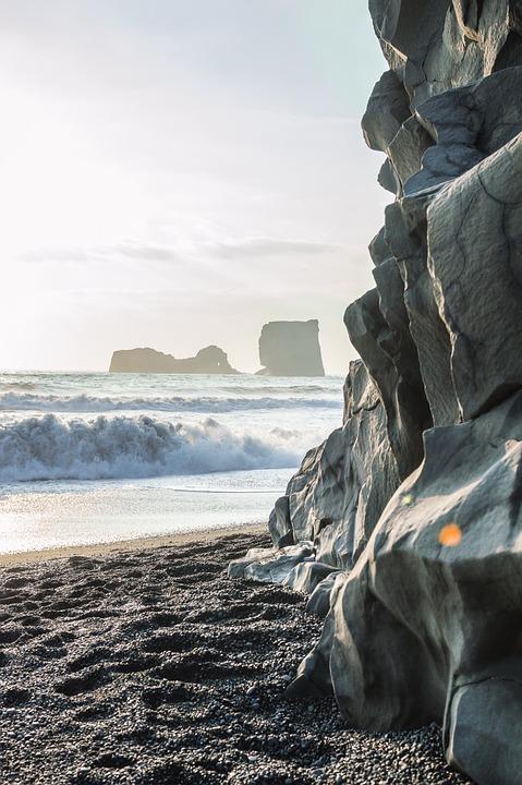 Reynisdrangar, Seastacks, Vík, Lightflare, Trolls
