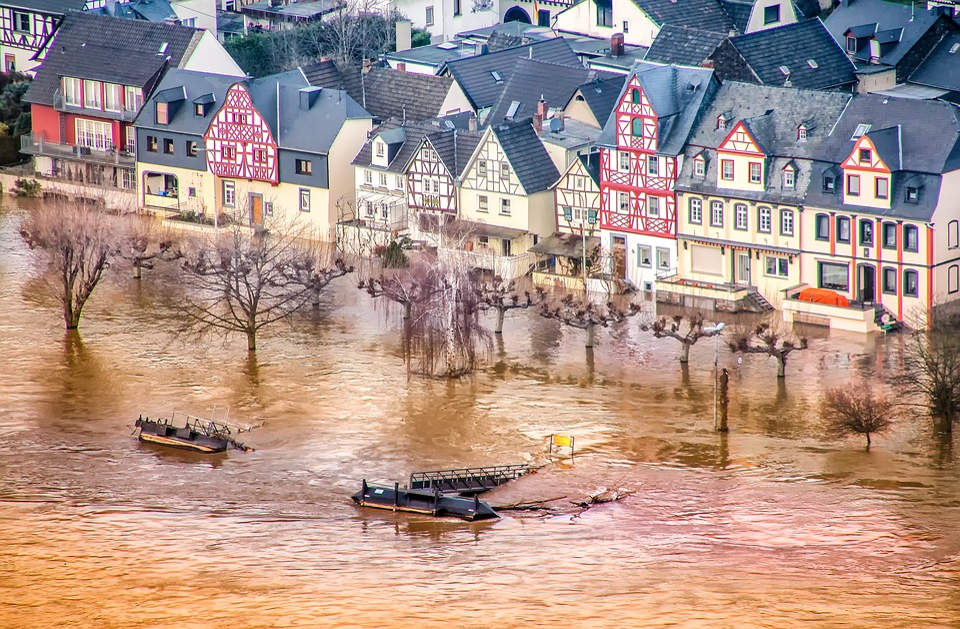 High Water, Rhine, Rhineland Palatinate, People Village