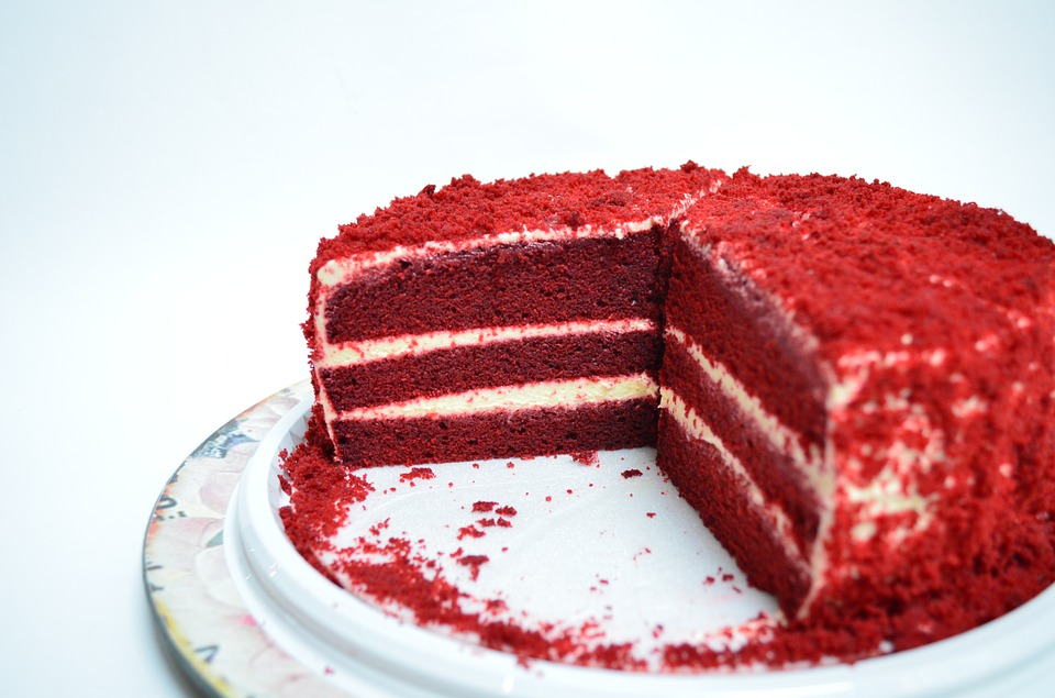 Cake, Cream, Food, Rico, Sweet, Dish, Red, Portion