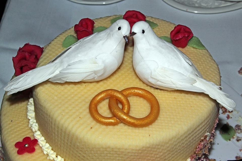 Free photo Rings Roses Marzipan Pigeons Wedding Cake - Max Pixel