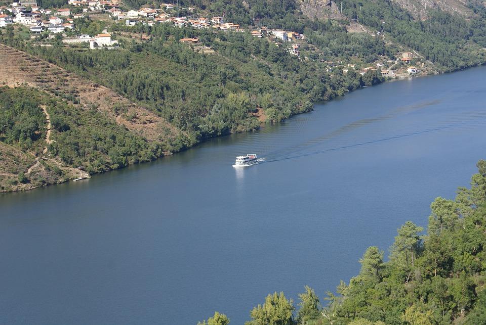 Landscape, River Douro, Portugal