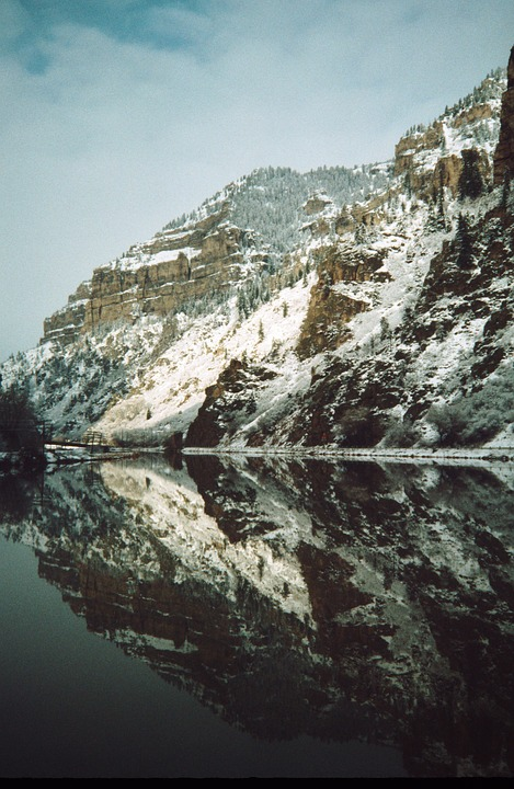 Glenwood Canyon, Colorado, River, Winter, Mountain