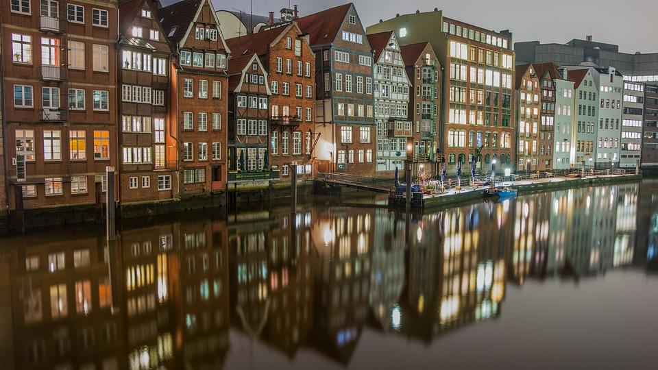 Cocoon Hamburg free photo river hamburg waters city travel channel max pixel