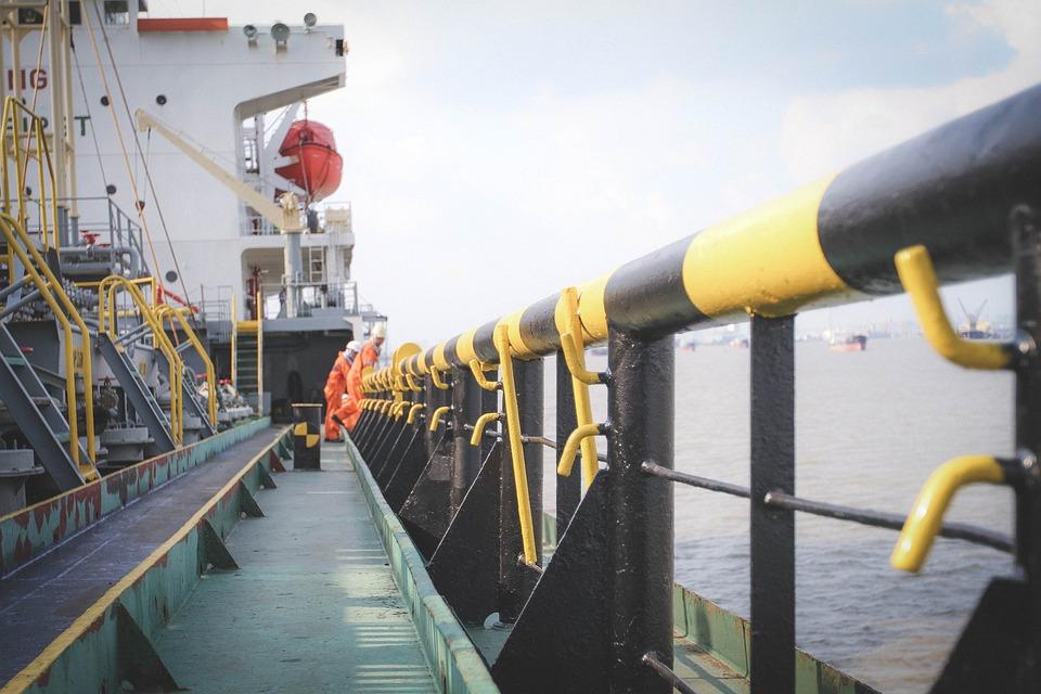 Labor, River, Sea, Tanker