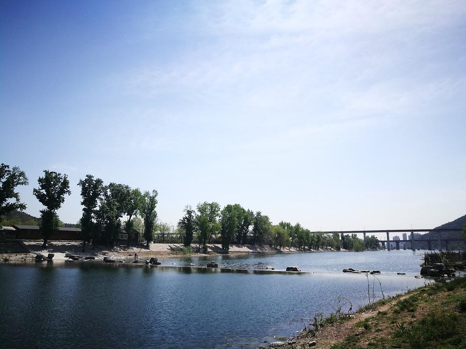 Sky, River, The Scenery