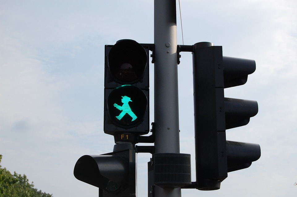 Traffic Lights, Berlin, Road, City, Beacon