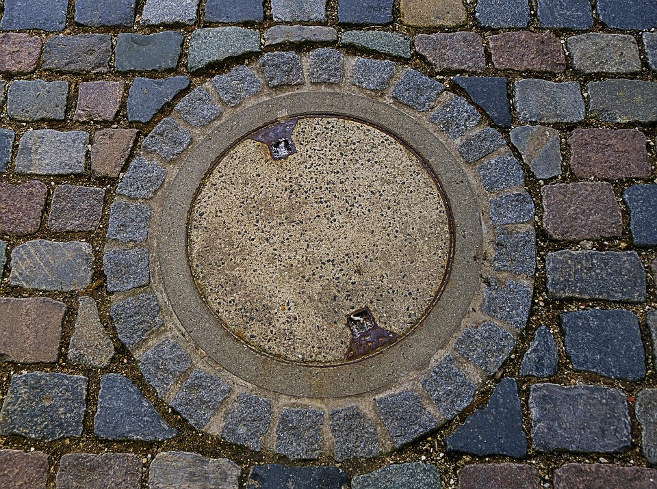 Manhole Cover, Rusty, Round, Cobblestones, Road