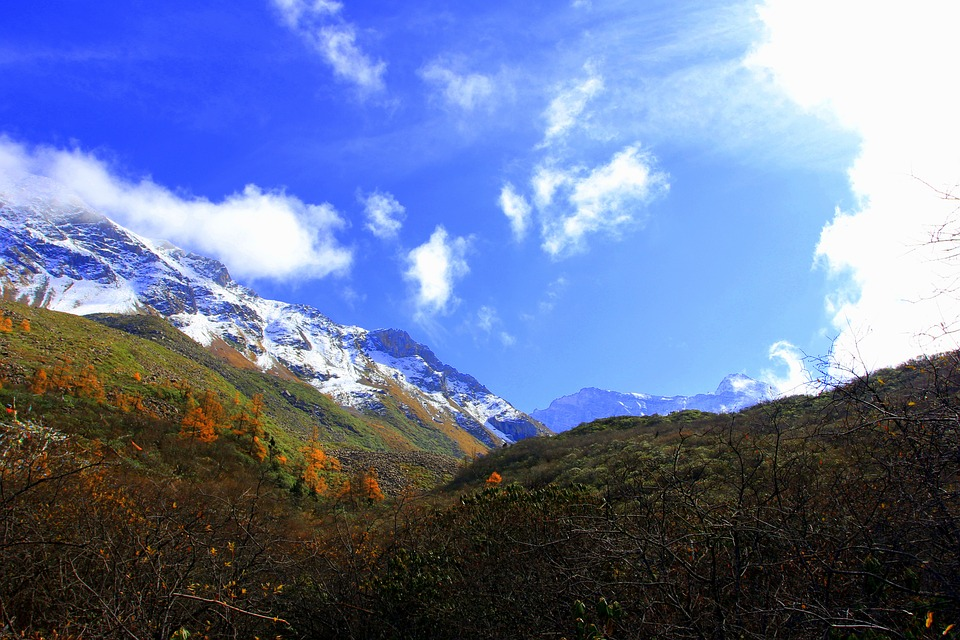 The Yellow Dragon, Jiuzhaigou, Road, Travel