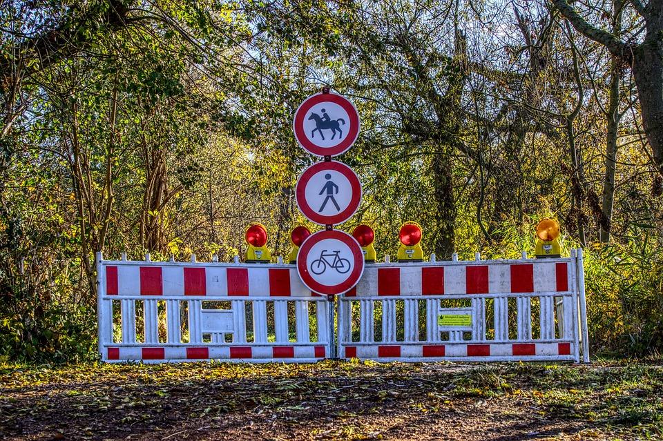 Roadblock, Ban, Passage, Locked, Pedestrian, Horses
