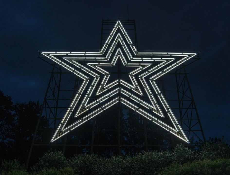 Roanoke Star, Illuminated, Night, Landmark