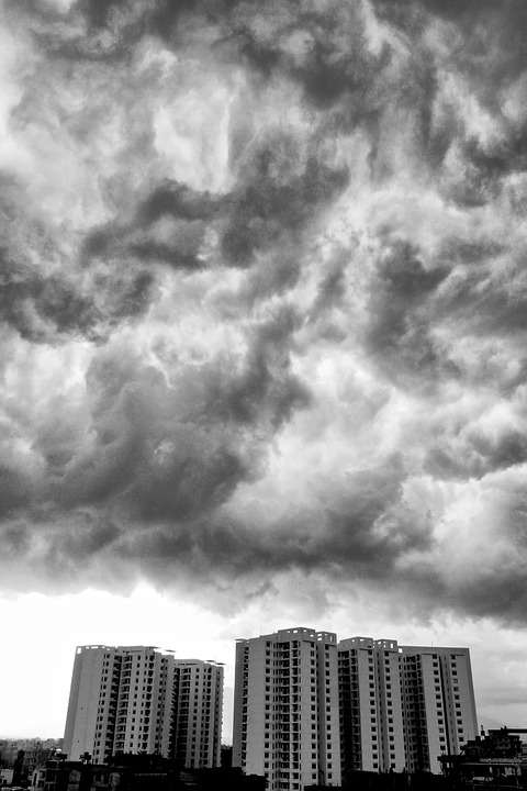 Roaring Cloud, Mysterious, Mystery, Dramatic