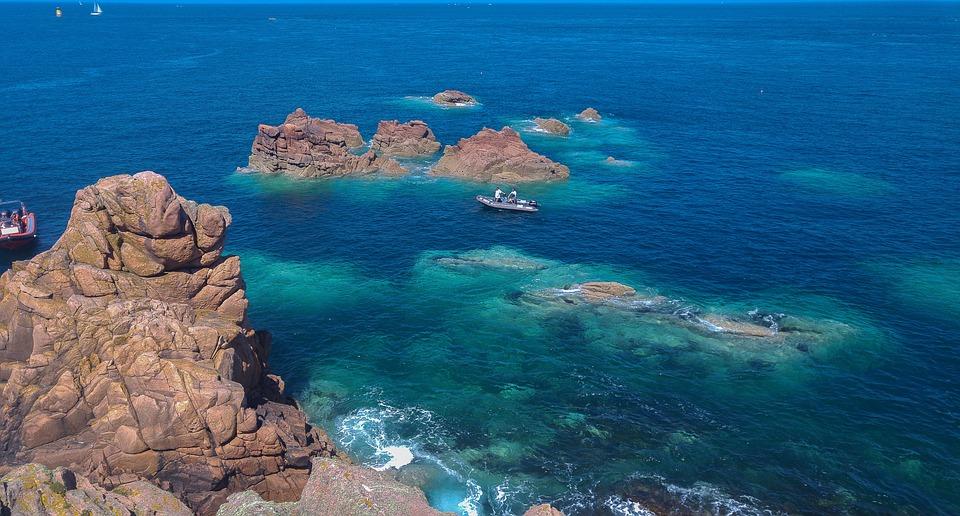 Brittany, Ploumanach, Rocks, Fishermen, Canoe