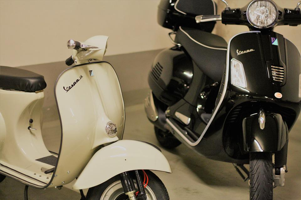 Motor Scooter, Vespa, Old And New, Roller