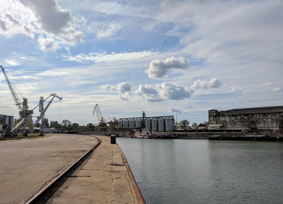 Port Danube Galati Romania Silo Grain Crane