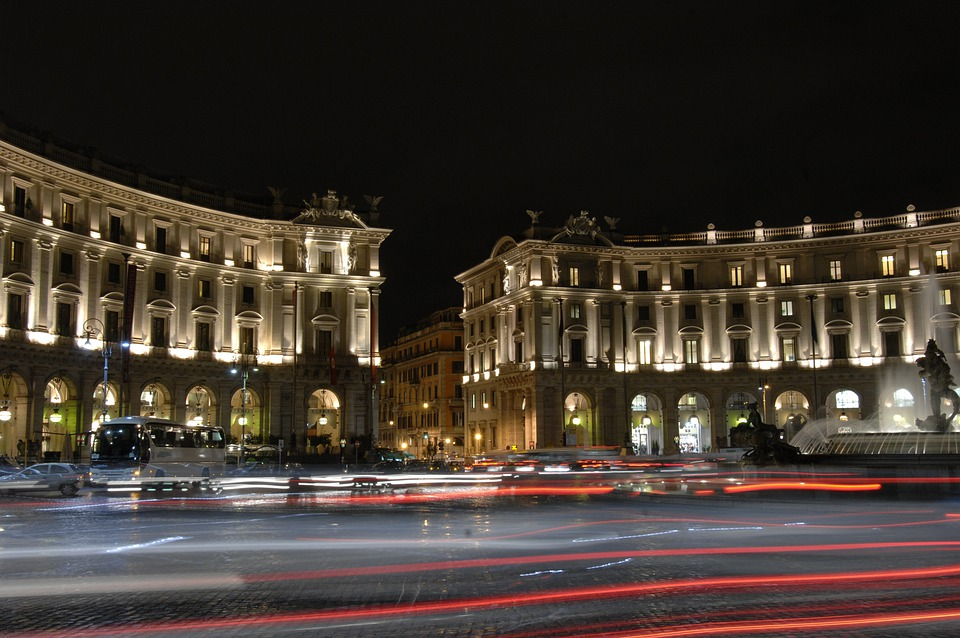 Republica, Rome, Night