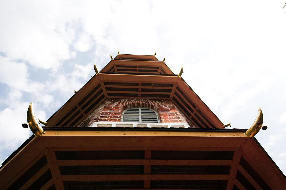 Roof, Architecture, Wood, Sky, Building, House, Window