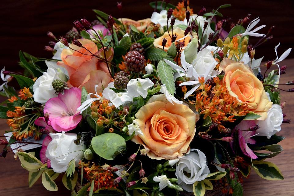 Floral Arrangement, Flowers, Roses, Blackberries
