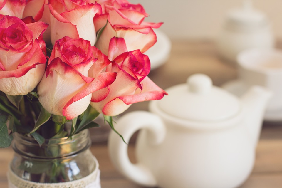 Free photo Roses Teapot Tea Party Shabby Chic Bouquet - Max Pixel