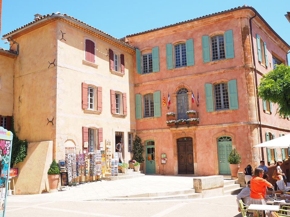 Roussillon, Community, Village, Town Hall