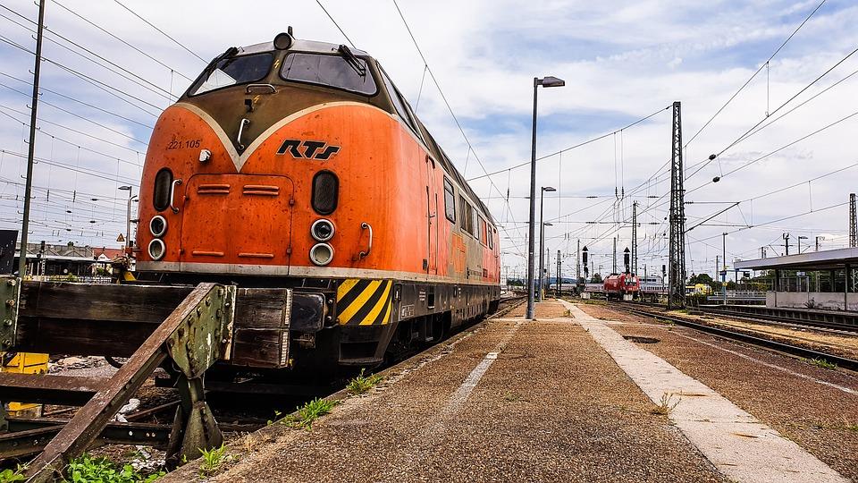 Loco, Locomotive, Train, Old, Diesel, V200, Rts