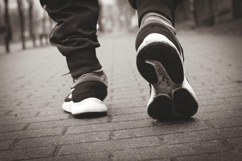 Sports Shoes, Running Shoes, Sole, Shoes, Feet, Run
