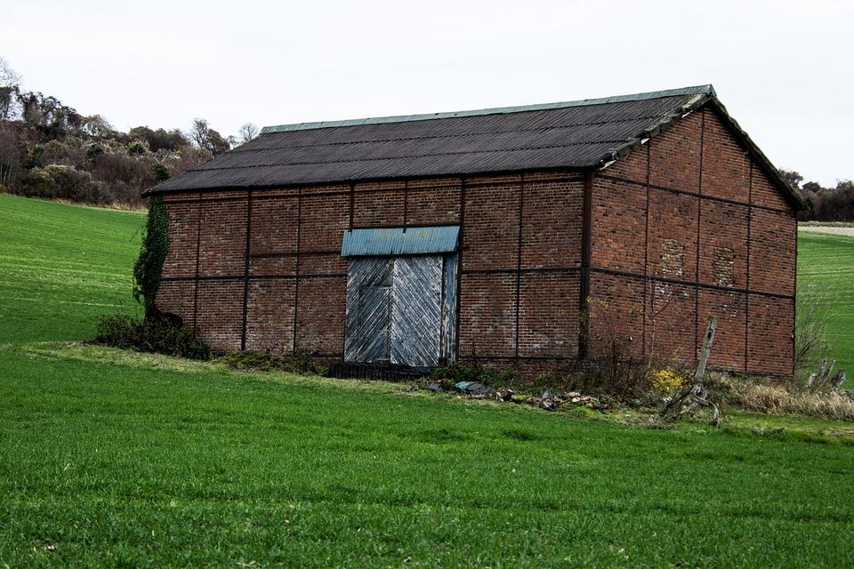 House, Bricks, Red, Rust, Rainy, Field, Green