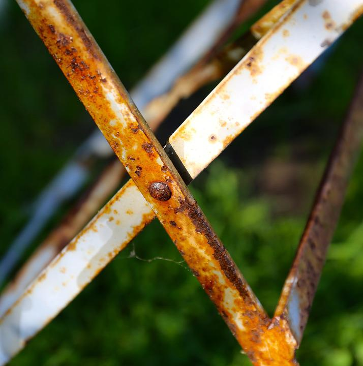 Rust, Metal, Table