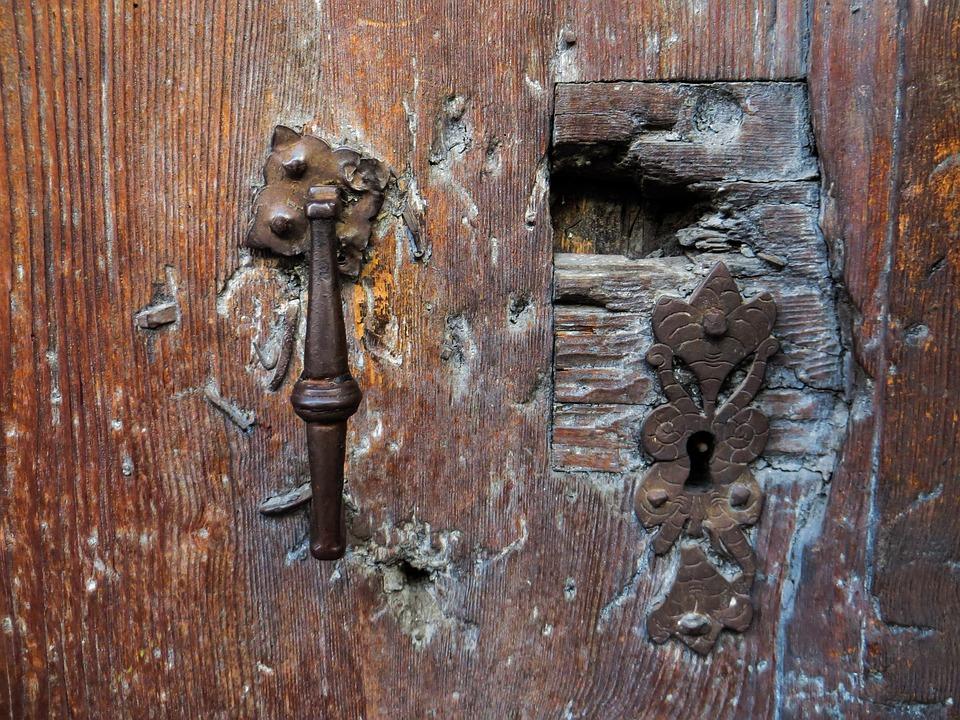 Old Door Door Lock Rusted Old Door Break Up & Free photo Rusted Door Lock Old Door Door Old Break Up - Max Pixel