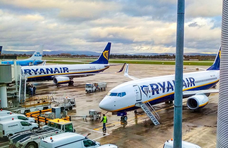 Airplane, Ryanair, Aircraft, Travel, Wing, Airport