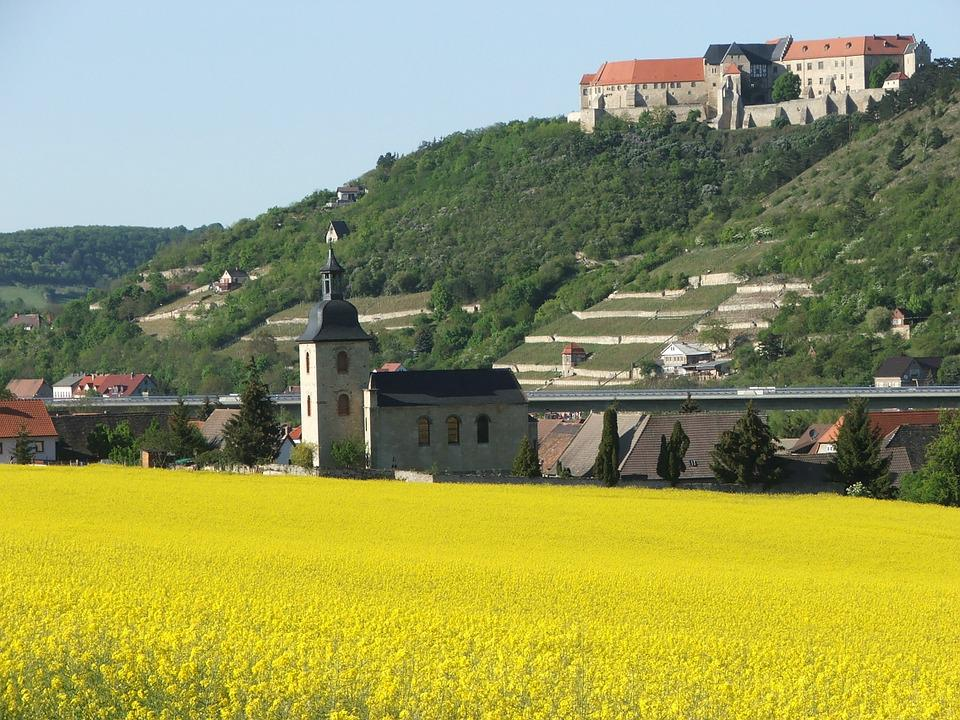 Schloss Neuenburg, Freyburg, Spring, Saale Unstrut