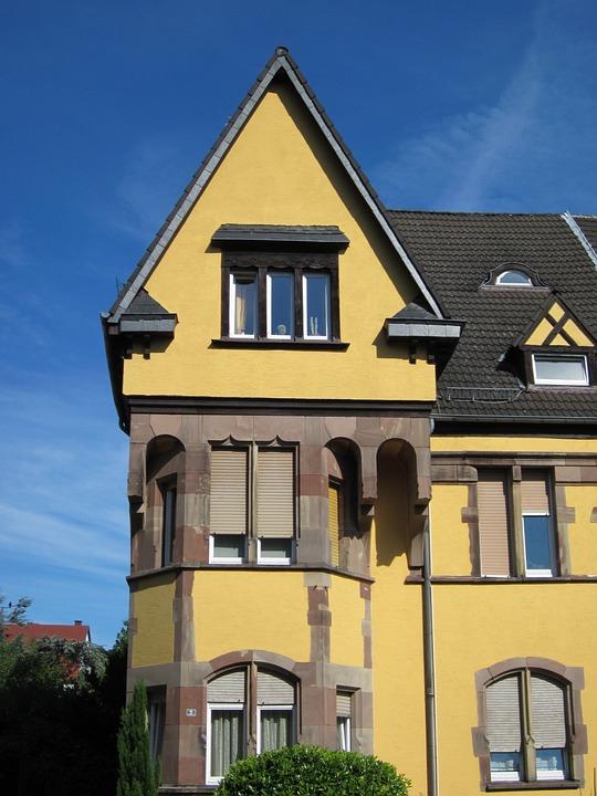 Puccinistr, Saarbruecken, Sankt Arnual, House, Gable