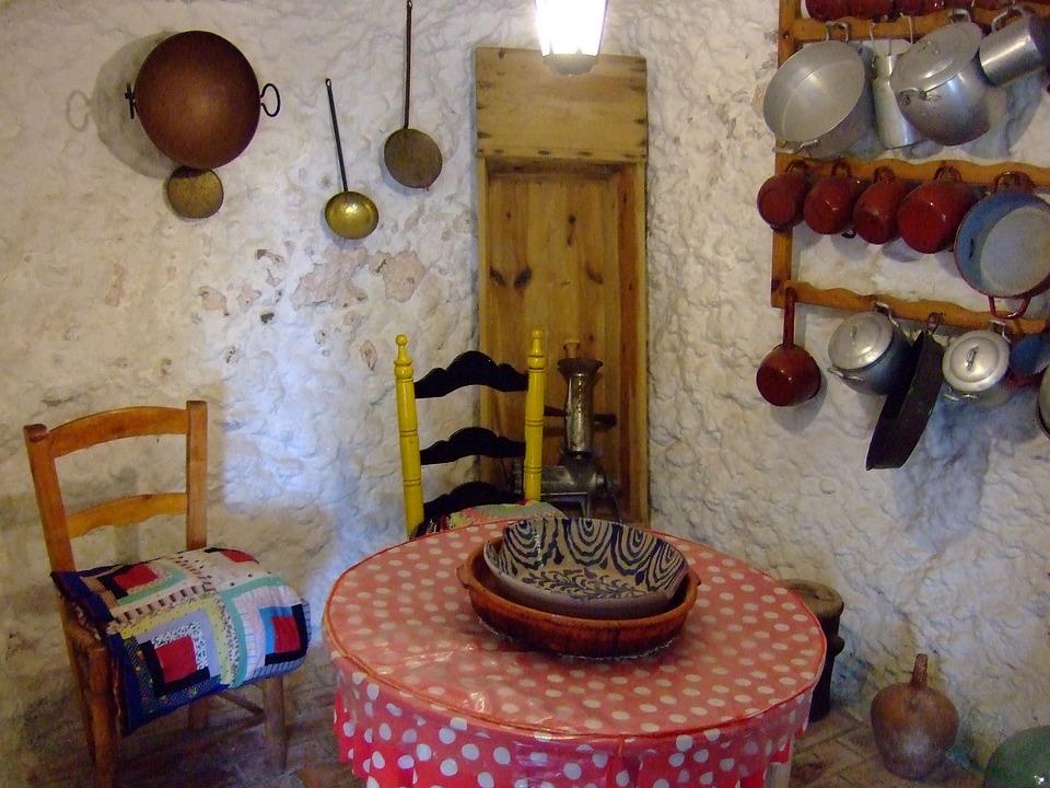 Dining Room, Cave, Sacromonte, Granada, Spain
