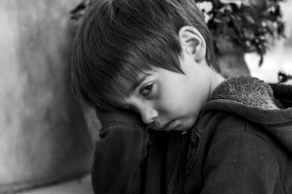 Children, Kids, Stare, Sad, Smile, Young, Boy, Gloomy