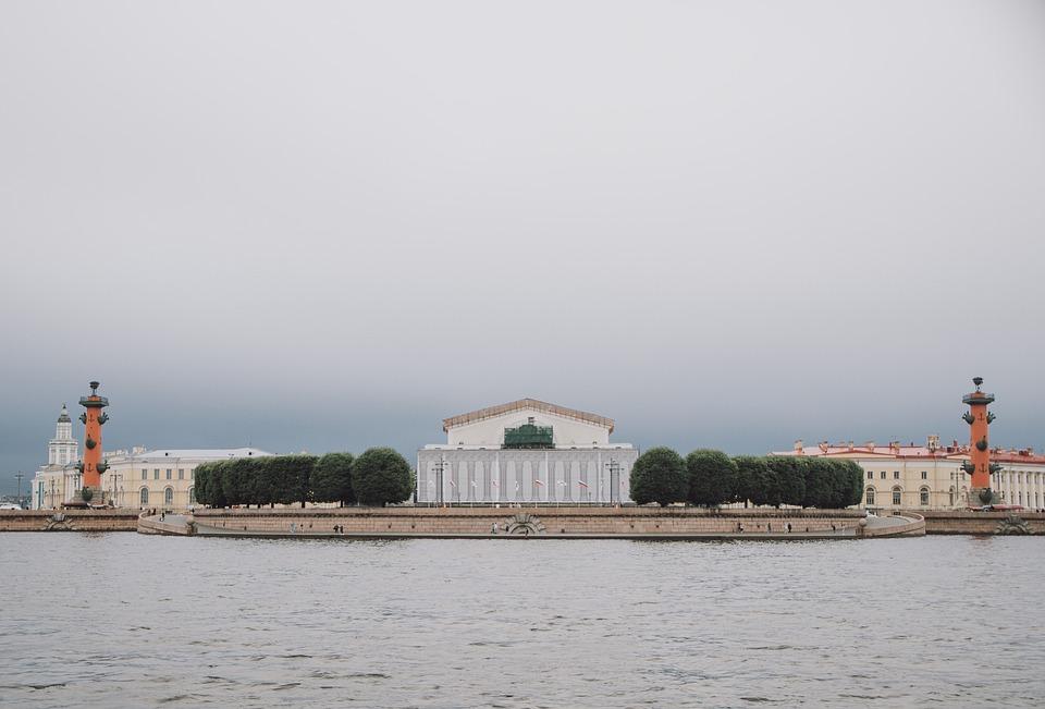 Saint Petersburg, Alexander Column, Alexandrian Column