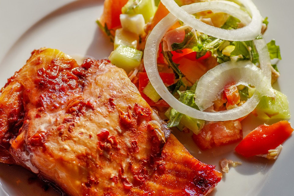 Salmon, Fish, Salad, Eat Light Food, Diet, Eat, Food
