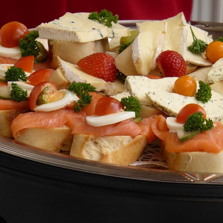 Baguette, Strawberries, Cheese, Salmon, Chunks, Parsley