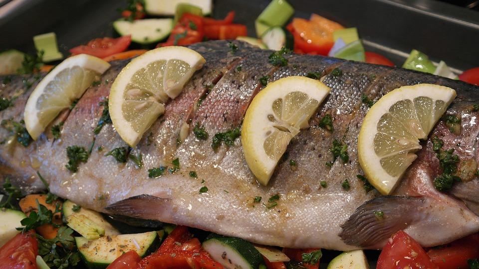 Salmon Trout, Trout, Fish, Fish Head, Lemon, Eat, Food